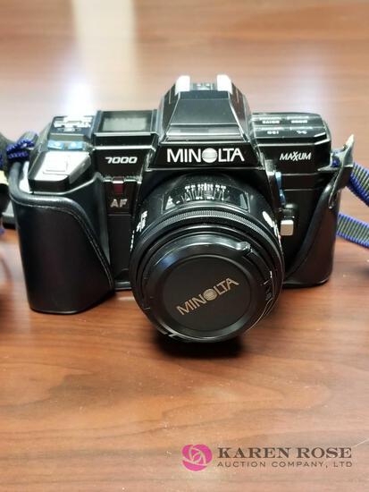 O1 - Minolta Camera