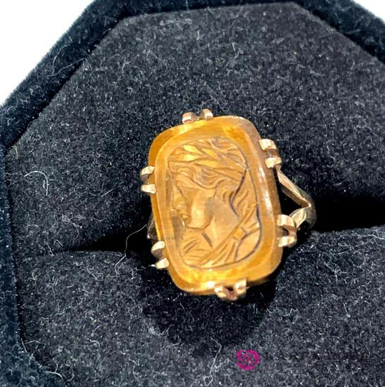 Gold Victorian cameo ring