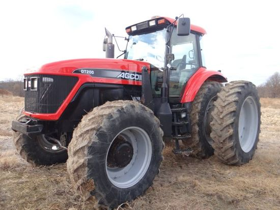 2001 Agco DT-200 Tractor