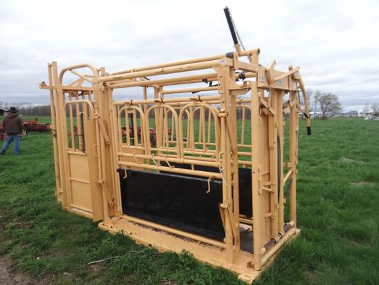 For-Most Model 375 Cattle Chute