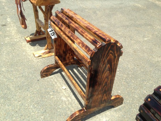 Horse Head Carving Saddle Stand