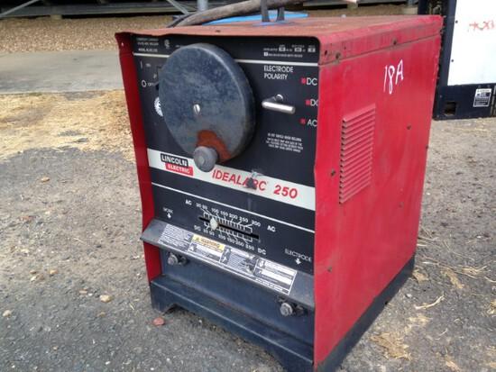 LIncoln Ideal Arc Welding Machine Works