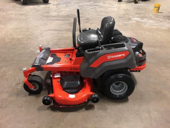Husqvarna Z254 zero turn mower