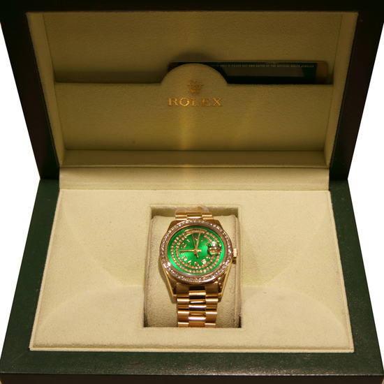 *18kt Yellow Gold Men's Rolex Presidential (Green Dial) Watch -P-