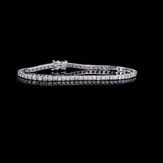 *Fine Jewelry 18KT. White Gold, Custom Made 3.02CT Round Brilliant Cut Diamond Tennis Bracelet