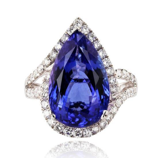 APP: 25.2k 9.41ct Tanzanite and 0.81ctw Diamond Platinum Ring (Vault_R16_37714)
