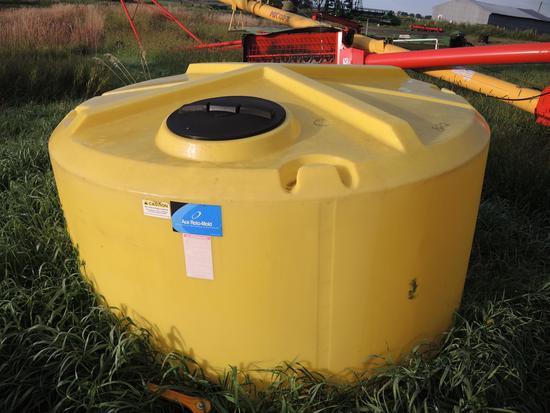 ACE Roto-Mold 1000 Gal. Tank Fertilizer