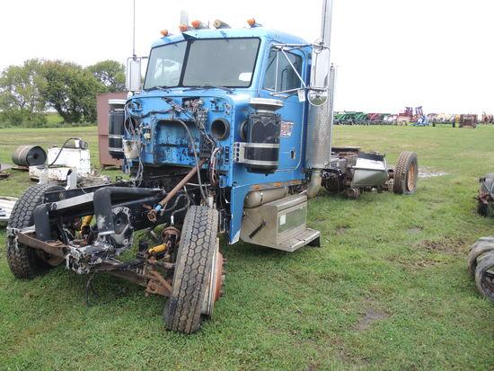 1992 Peterbilt Truck - Salvage