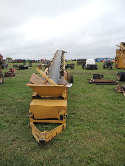 12' Screen Machine Gravel Conveyor #CH50-24-E-012331