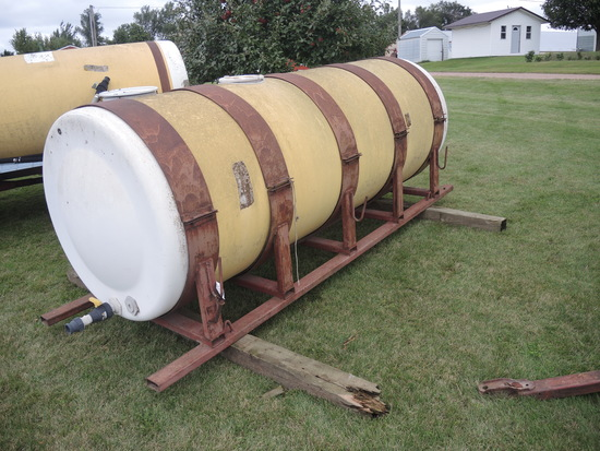 1000 Gal Water Tank