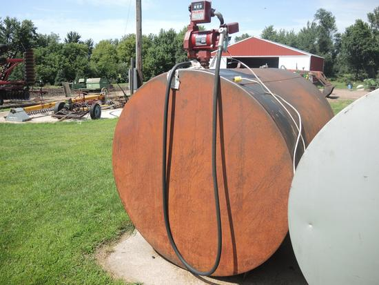 1000 Gal Fuel Tank w/Electric Pump