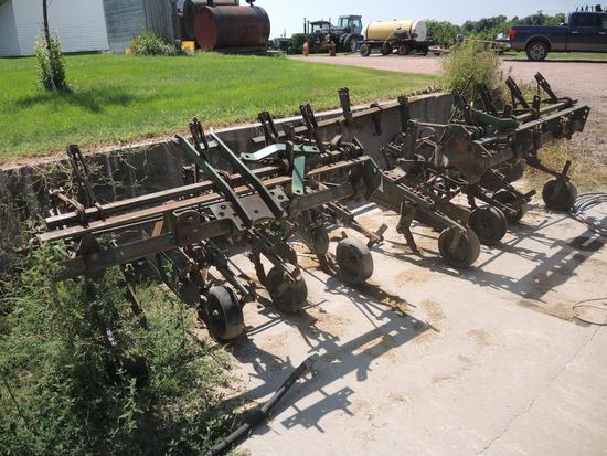 4 Row Mounted Cultivator