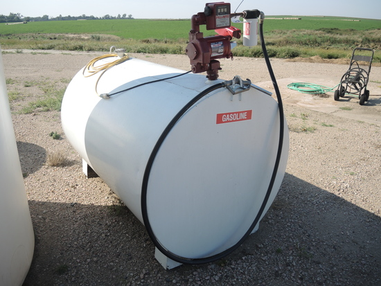 500 Gal Gas Tank w/Electric Pump