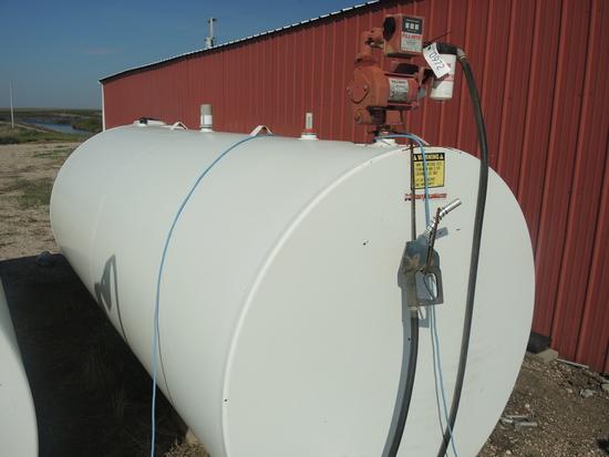 2000 Gal Fuel Tank w/Electric Pump