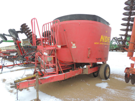 2003 NDE 702 Vertical Feeder Mixer Wagon | Auctions Online