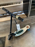 Raxor Electric Scooter no charger