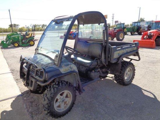 John Deere 825i Gator Sn 1M0825GSLAM017711