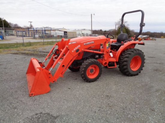 Kubota L3901 with Loader SN 62996