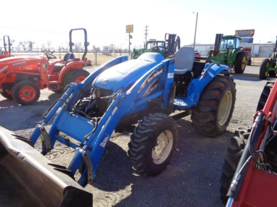 New Holland TC35A with Loader SN G601395