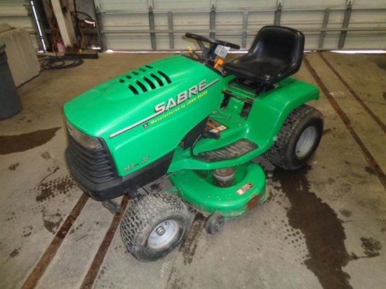 Sabre Lawn Tractor  SN BX1438A129975