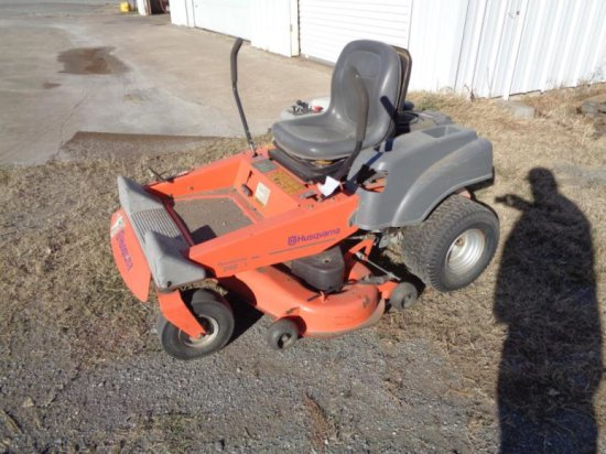 Husqvarna 4824 Zero-Turn Mower