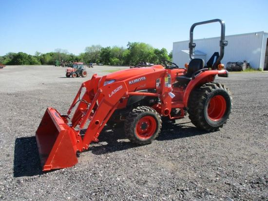 Kubota L3901 with Loader SN 71009