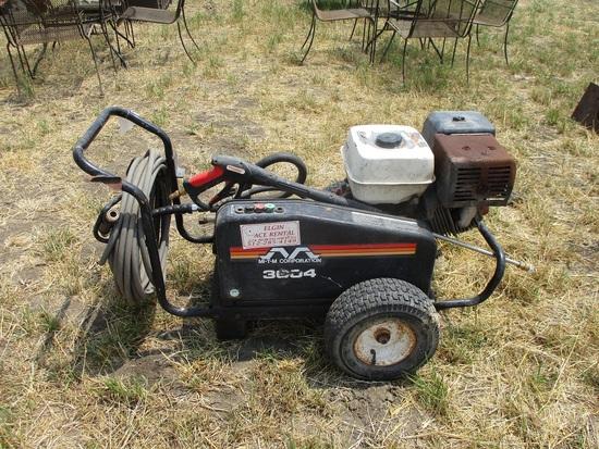 Pressure Washer with Honda Engine