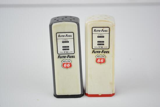 Phillips 66 Gas Pump Flite-Fuel Salt & Pepper Shakers