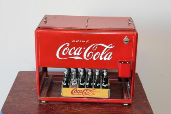 1939 Coca-Cola salesman sample mini chest