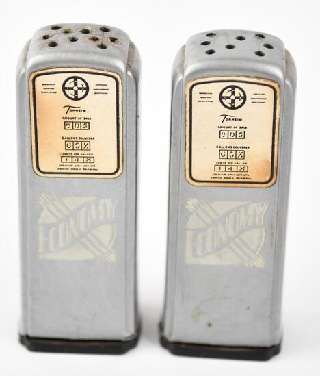 Economy Plastic Gas Pump Salt & Pepper Shaker Set