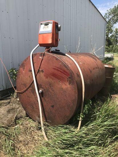 1000 gal. fuel tank w/ Gasboy pump