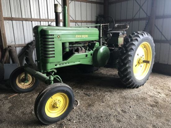 JD A wide front tractor