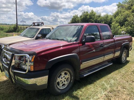 2004 Chevy pickup 4WD