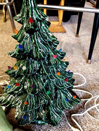 Ceramic Christmas Tree Nightl Auctions Online Proxibid