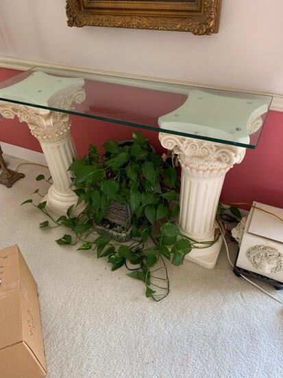 Pillar glass top table