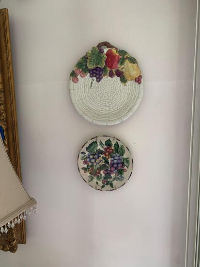For decorative plates and grapevines