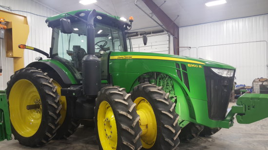 2013 JD 8360 R MFWD Tractor