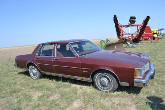 1982 Olds Delta 88, Royale Brougham,