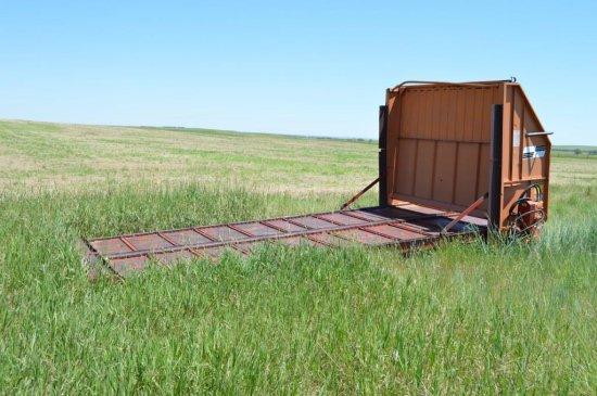 16' Kelley Ryan Live Floor for Truck Box w/ Silage Gate