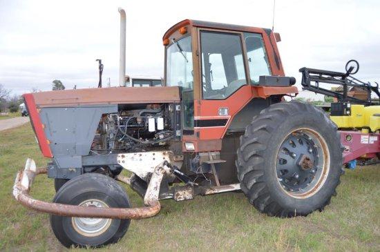 IH 5288 Tractor,