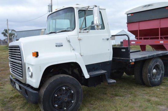 1986 Ford 8000 Truck