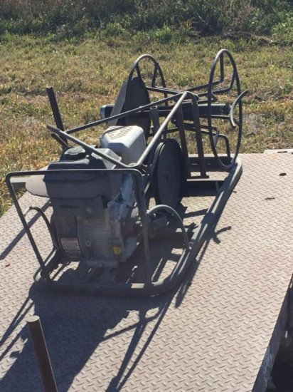 Texas Wire Winder on Trailer w/5 Hp. Tecumseh Motor