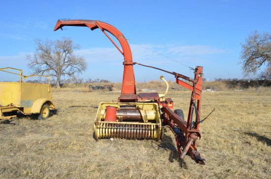 New Holland 717 Super Chopper with 5 ft. Pickup Head & 1R Corn Head