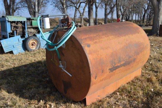 500 Gal. Fuel Tank w/ Pump