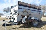 Knight Botec 4042 Feed Wagon