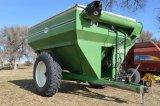 J & M 750-14 Grain Cart