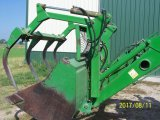 JD 725 Loader with bucket and 4 Tine Grapple