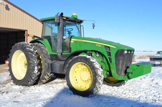 2006 JD 8330 Tractor