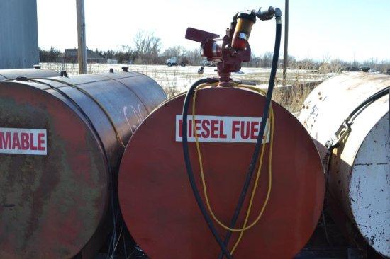 1000 gal. fuel tank