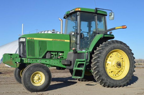 2002 JD 7810 Tractor